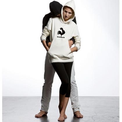 Мужская и женская одежда Le coq Sportif (имиджи).
